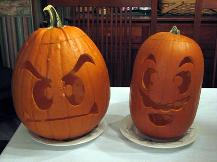 Super Mario and Goomba Pumpkins - Lights On