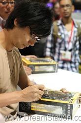 Kojima signing2 - Copy