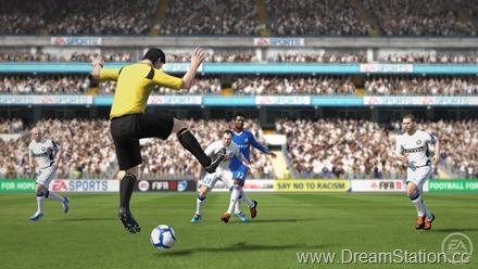 fifa11_ref_jumping